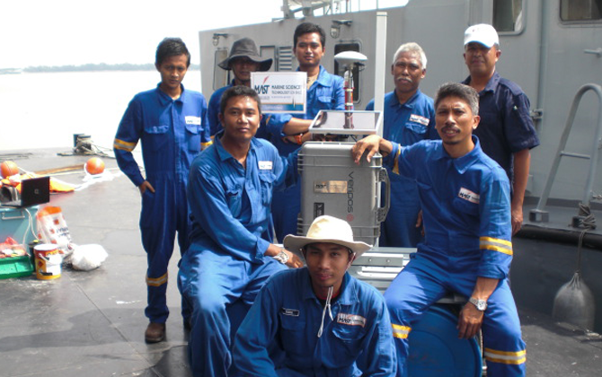 The Team of MAST runs several research vessels within the south east asia seas.